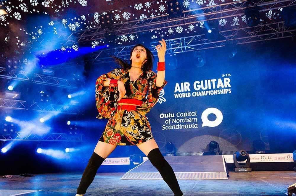 air-guitar-guitar-face