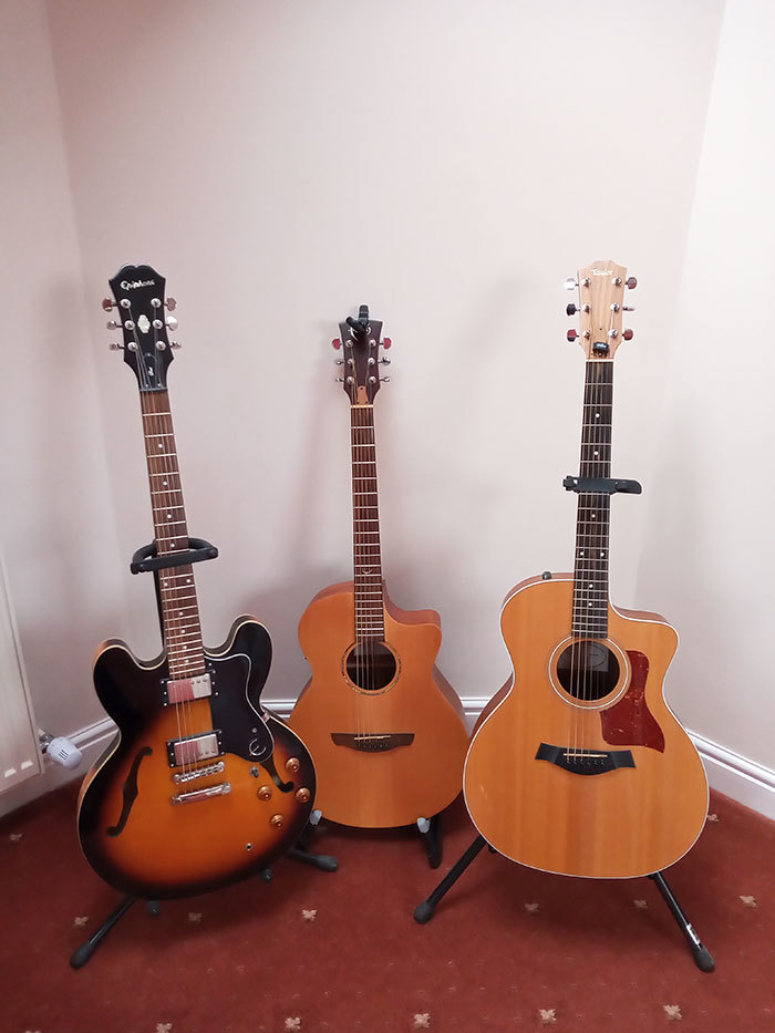 Common beginner guitar questions